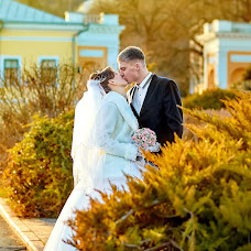 Wedding photographer Viktor Rut (Vikk). Photo of 26.02.2015