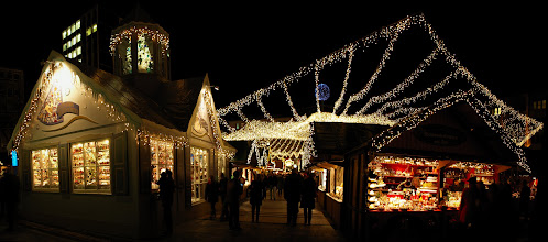 Photo: Weihnachtsmarkt - Christmas Market Essen - Panorama