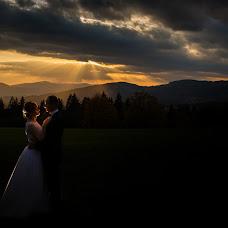 Wedding photographer Marek Kielbusiewicz (MarekKielbusiew). Photo of 14.10.2017