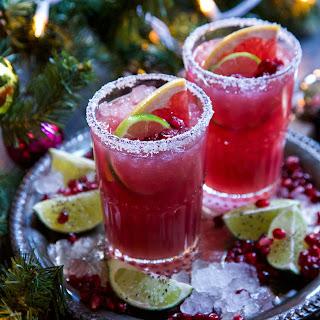 Ginger Pomegranate Paloma Recipe