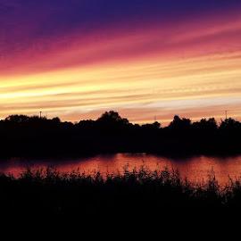 Wisconsin Sky by Holly Hatcher - Uncategorized All Uncategorized ( #wisconsinsky, #fireinthesky, #orangesky, #sunsetlove, #lovesunsets )
