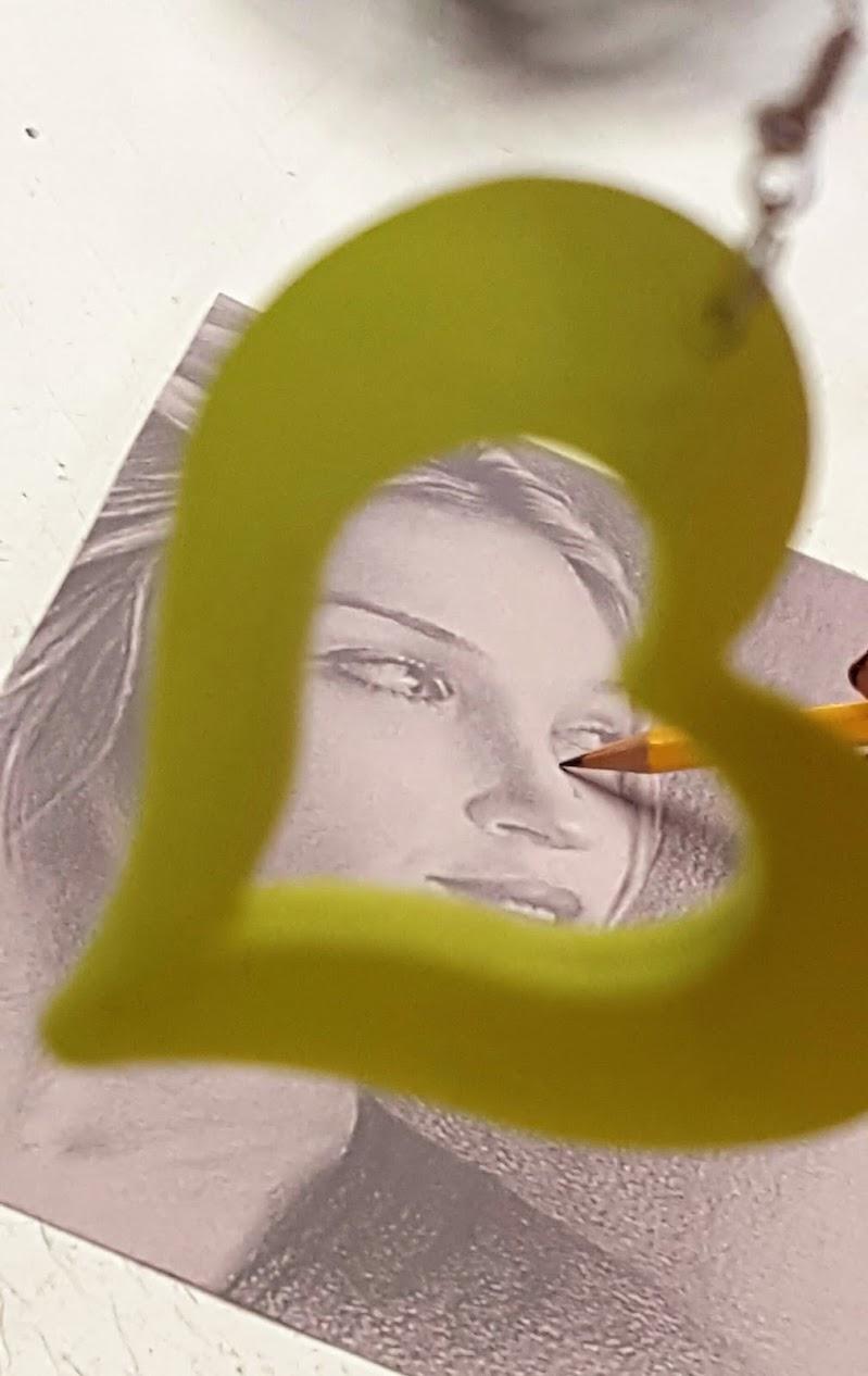 L'artista e il suo orecchino..... di Sandysandy