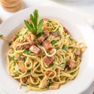 Classic Italian Spaghetti Carbonara In A Crockpot.