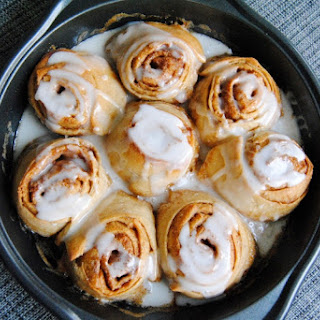 Cinnamon Rolls (With Bread Machine Instructions).