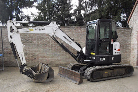 MINI-GRAAFMACHINE BOBCAT 341 / E50 5 TON