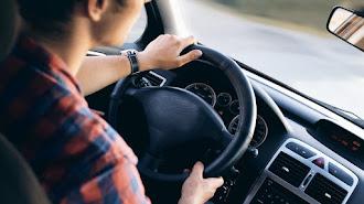 Jaguar ofrece varios consejos para sentarse correctamente en el vehículo.