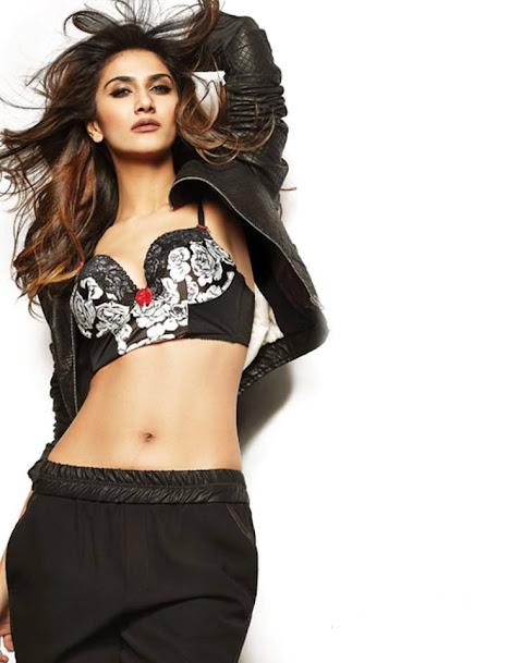 Vaani Kapoor navel show, Vaani Kapoor in black, Vaani Kapoor hottest pics, Vaani Kapoor sexy photoshoot