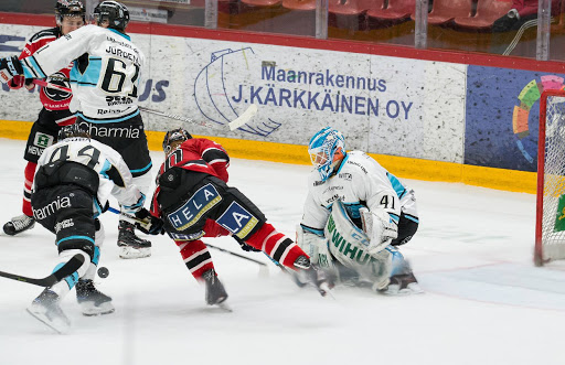 Pelicansin ohella myös Ässät on mukana elokuun Pitsirurnauksessa.