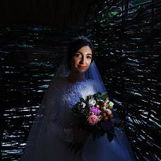 Wedding photographer Dulat Satybaldiev (dulatscom). Photo of 17.09.2017