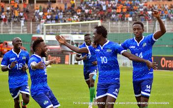 Photo: The Leone Stars celebrate going 1-nil in the first half [Leone Stars v Ivory Coast, 6 September 2014 (Pic © Darren McKinstry / www.johnnymckinstry.com)]