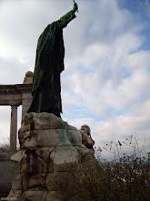 Photo: Pomnik biskupa Gellérta