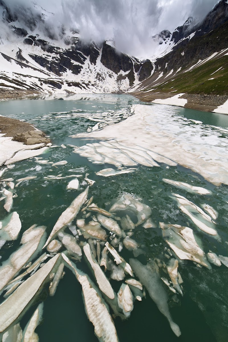 Ultima neve al lago Serrù di wolfman1908