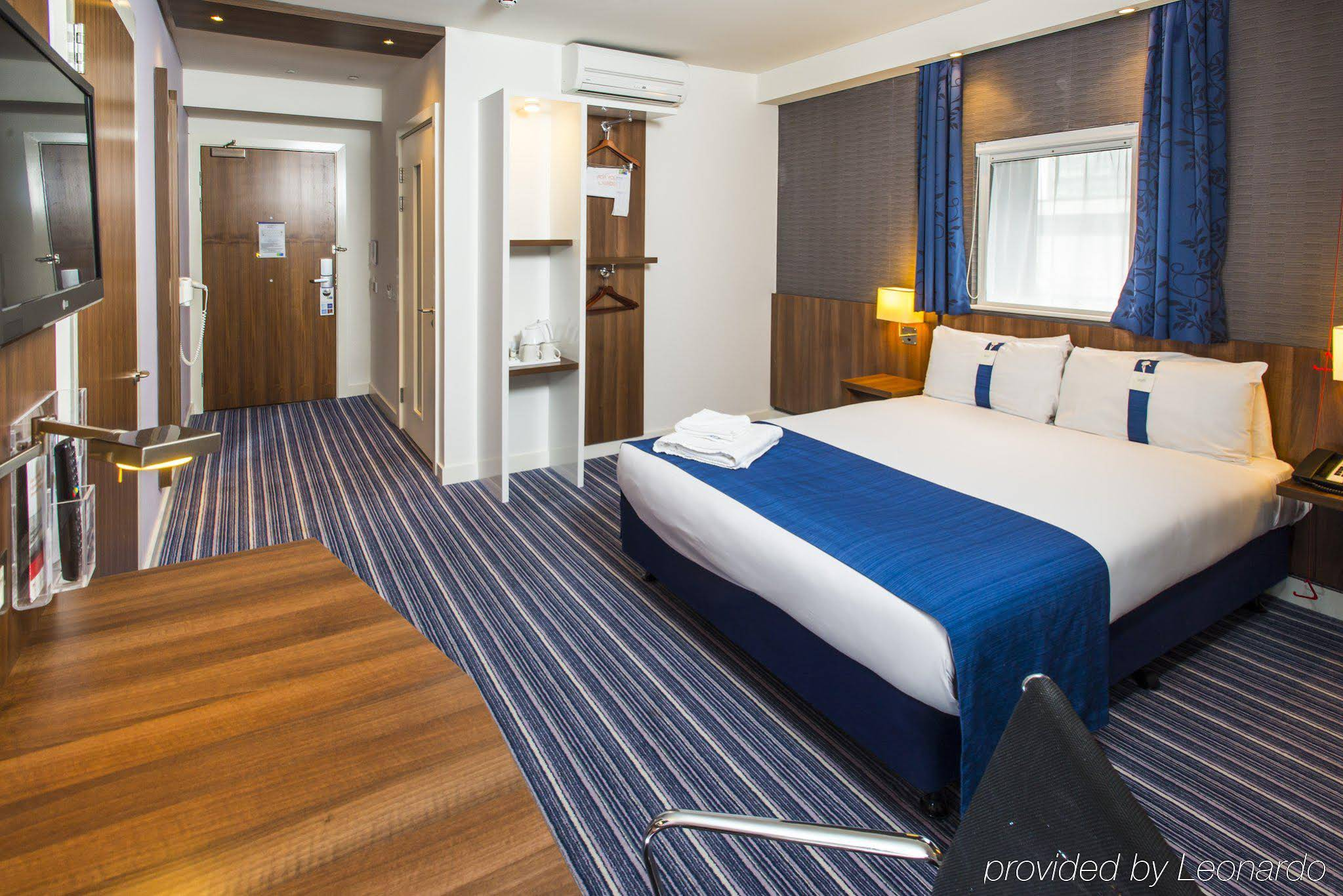 Holiday Inn Express Birmingham Snow-Hill