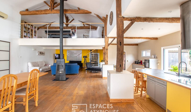 House with terrace Grosbreuil