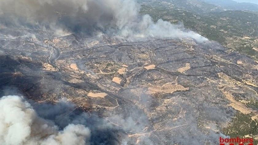 Incendio iniciado en Torre de l\'Espanyol (Tarragona).  BOMBERS DE LA GENERALITAT