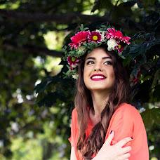 Wedding photographer Yuliya Markaryan (markarian). Photo of 06.08.2014