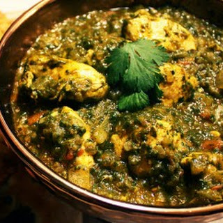Saag Chicken Motimahal Recipe.