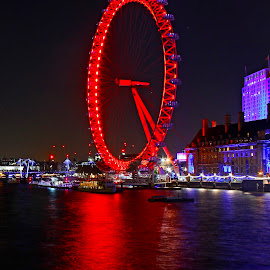 The London eye by Wilson Beckett - Buildings & Architecture Other Exteriors