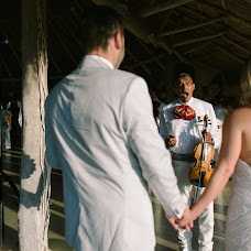Wedding photographer Maksim Kondratev (Meandmywife). Photo of 18.05.2017