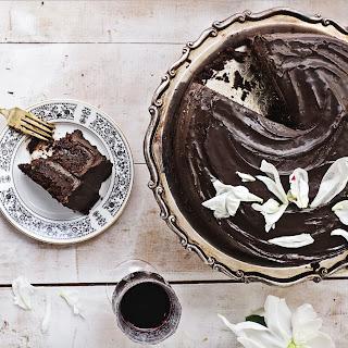 Vegan Dark Chocolate-Avocado Cake.