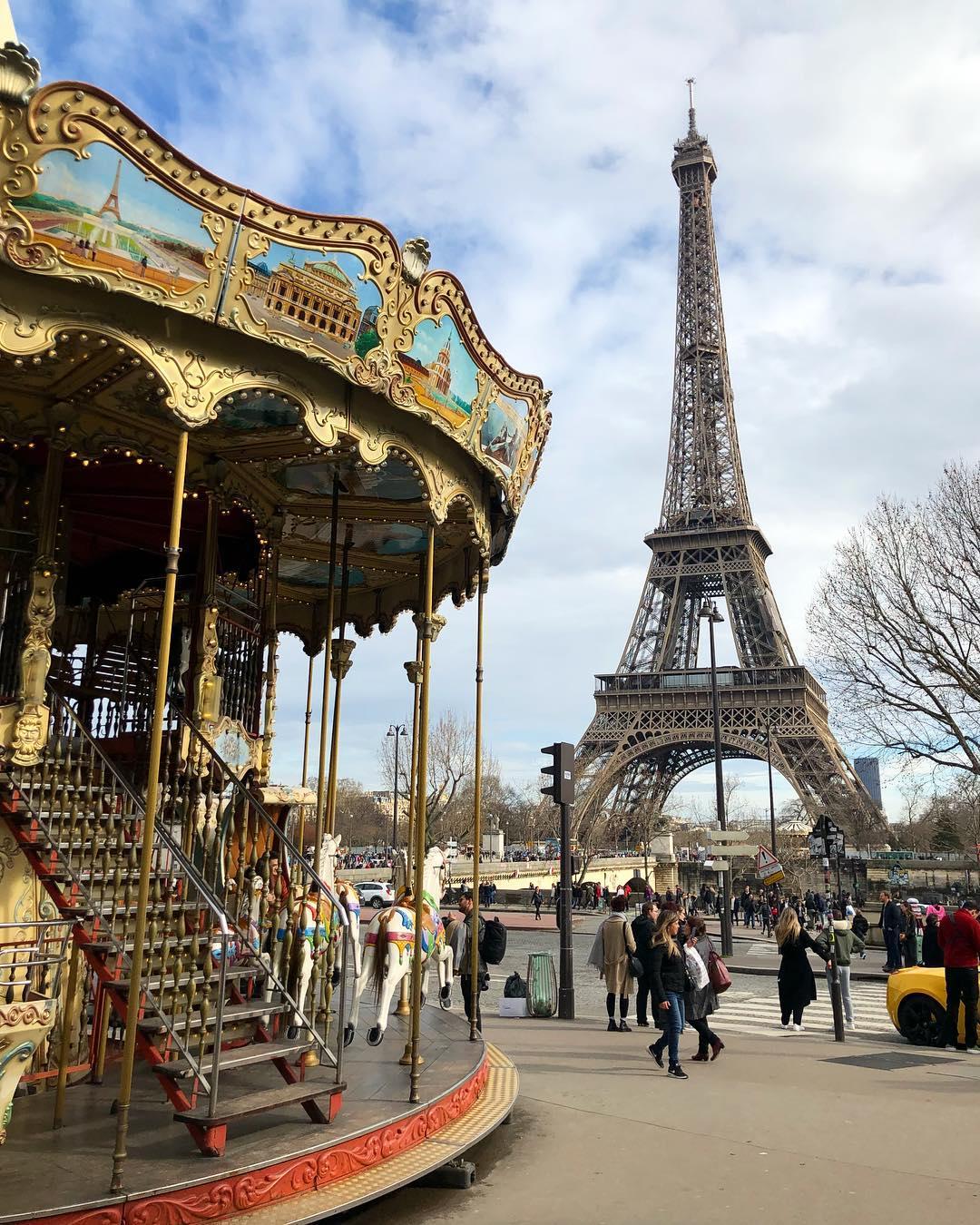 Париж в середине июня показать фотографии
