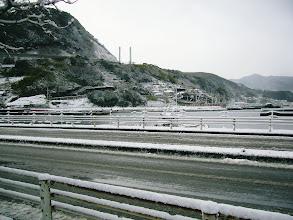 """Photo: 今年、最後の日""""大みそか""""。 ・・・朝、起きたら大雪。"""