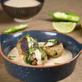 Spicy Turkey Meatballs in Chipotle Yogurt Sauce