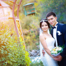 Wedding photographer Chyngyz Temirbekov (groom007). Photo of 10.11.2015