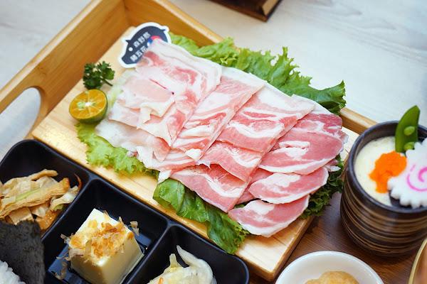 簡單肉舖 台南燒肉 集點換海鮮肉盤、折價和牛 台南北區火鍋推薦 大人小孩都愛的燒肉店 鍋物燒肉一次吃夠