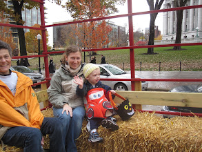 Photo: Capitol Halloween hay ride