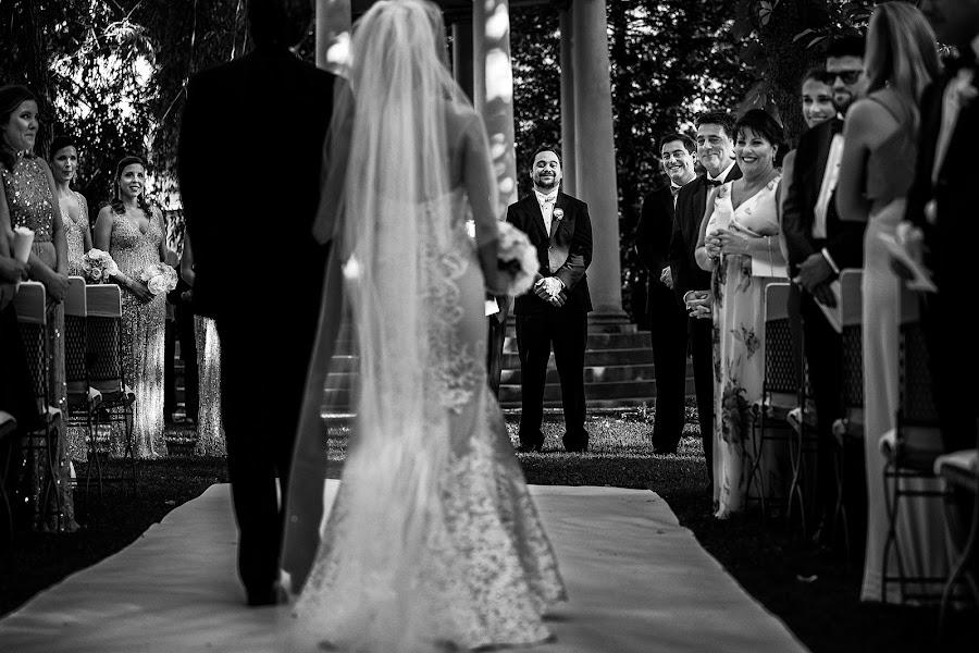 Wedding photographer Donatella Barbera (donatellabarbera). Photo of 02.10.2017