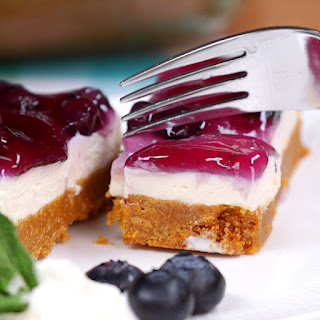 Beat the Heat with This Quick and Easy Blueberry Cheesecake