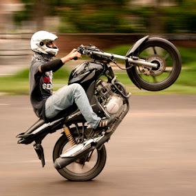 Stunt Biking by Anurag Bhateja - Sports & Fitness Other Sports ( bike, motorbike, stunts,  )