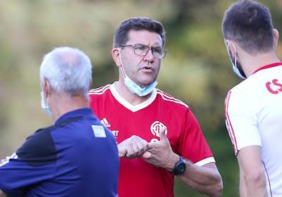 """🎥 Sébastien Grandjean n'en revient toujours pas après l'élimination en Europa League : """"Un match complètement dingue"""""""