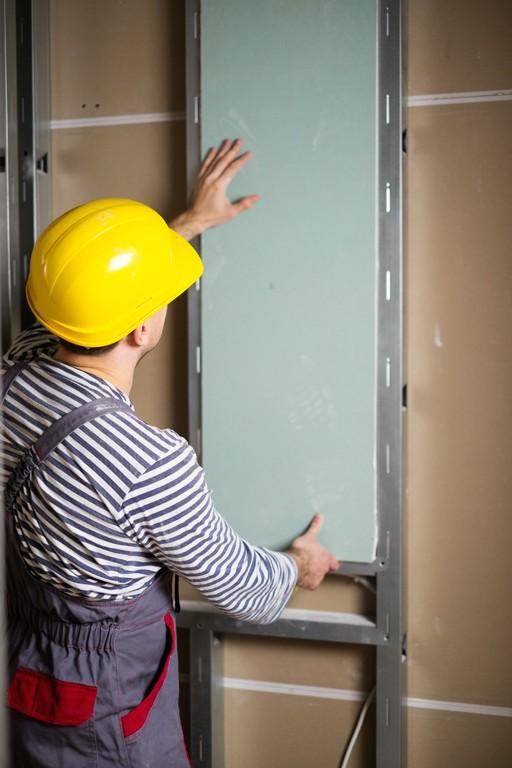 Budowa ścian z płyt kartonowo-gipsowych