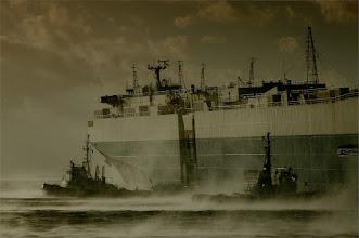 Photo: Schiffe im Sturm Fotograf: Karl-Heinz Krämer