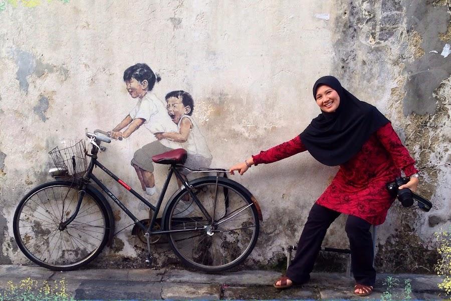 Playing with Street Art by Rozaitonisah Razali - Instagram & Mobile iPhone