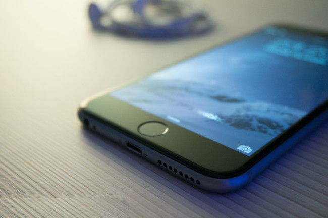 iphone-aa.jpg