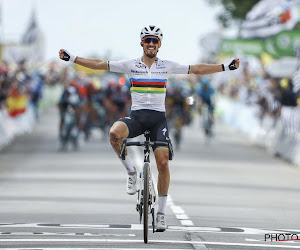 📷  Nieuwe fiets voor Julian Alaphilippe: Fransman krijgt fiets met heerlijke details na zijn nieuwe zege op het WK