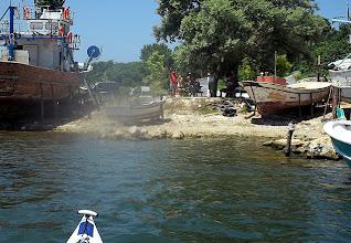 Photo: Új ismerősök az első kikötőben.
