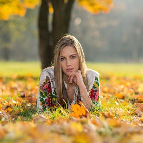 Dunja by Ivan Niznicki - People Portraits of Women ( nikon autumn girl )