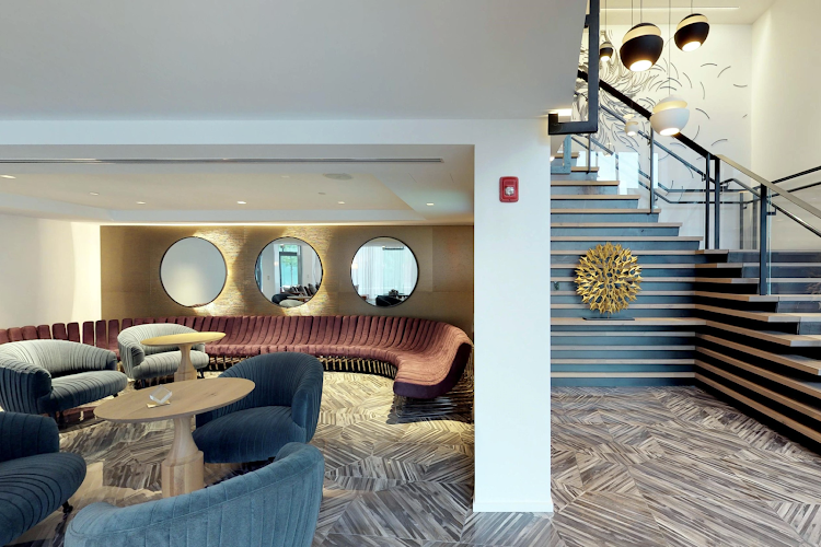Lobby Lounge Area in Global Luxury Suites in South End