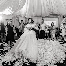 Wedding photographer Kseniya Romanova (RomanovaKseniya). Photo of 03.10.2018