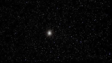 Photo: The majestic globular cluster Omega Centauri