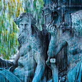 by Jose Artur - City,  Street & Park  Fountains