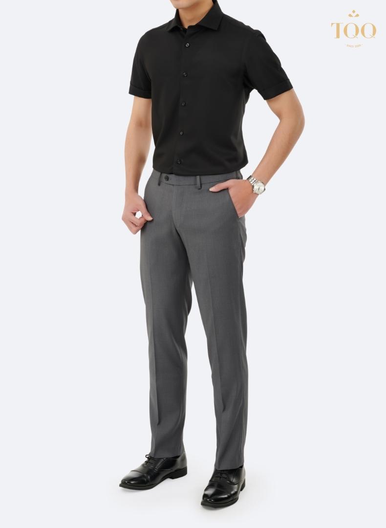 Mẫu áo sơ mi nam đen M71CSC đem lại vẻ đẹp, nam tính tổng thể cho người mặc