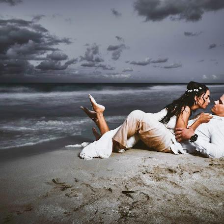 Wedding photographer Victor manuel Vaillant lara (VictorM). Photo of 22.02.2018