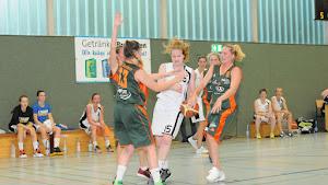 BC 70-Damen halten phasenweise gut mit in Bochum