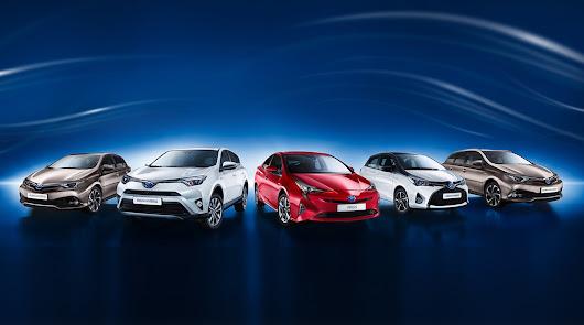 Toyota Almería celebra los excelentes resultados de julio