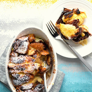 Baked Nutella French Toast for Style Me Pretty Living.
